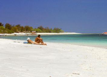 nusa-dua-beach-dgvtravel.jpg