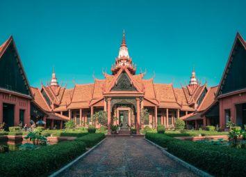 cambogia-museo-nazionale-phnom-penh.jpg