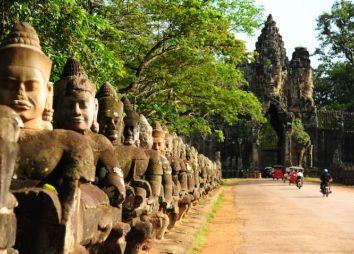 vacanze-in-cambogia-angkor-thom.jpg