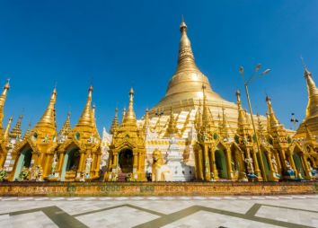 pagoda-shwedagon-in-birmania-dgvtravel.jpg