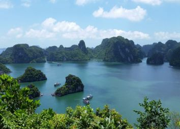 crociera-halong-bay.jpg